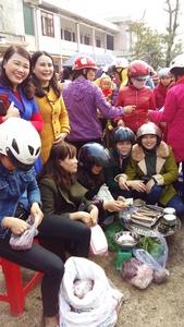 Anh_hoi_cho_xuan_2.jpg