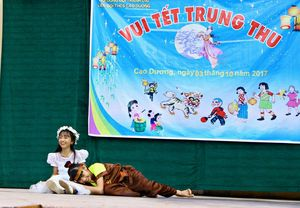 Vui_tet_trung_thu_cua_HS_THCS_Cao_Duong_o.jpg